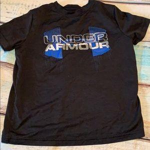 Boys short sleeve under armour shirt